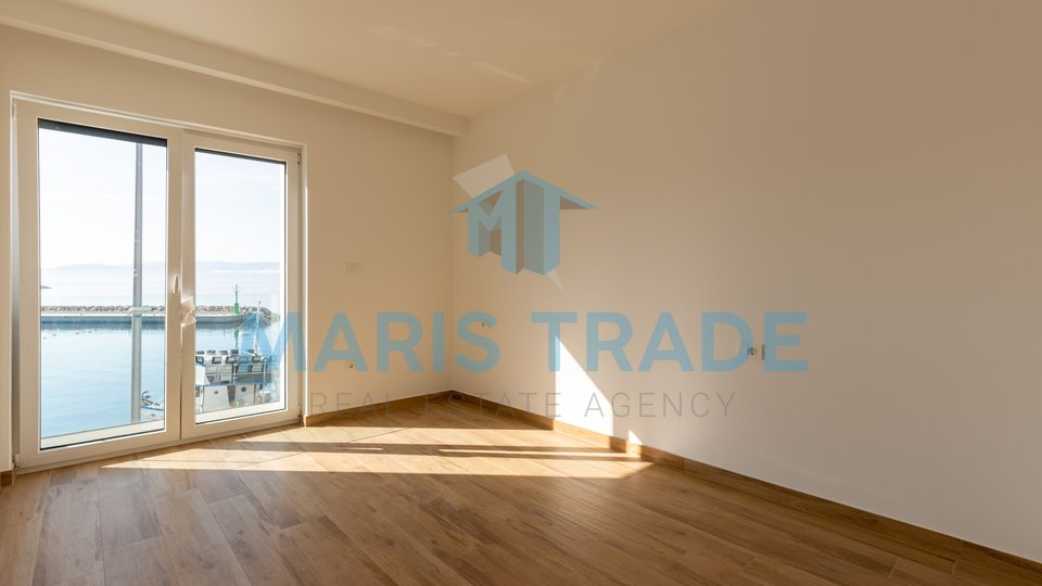 Luxury apartment next to the sea, 148m2